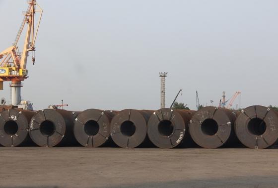 Cảnh báo hiện tượng khai sai mã HS để trốn thuế đối với sắt thép nhập khẩu